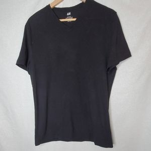 H&M V-neck T-shirt in soft cotton jersey